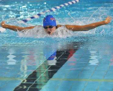 swimming advantages disadvantages