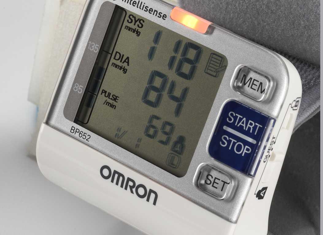 Omron BP652 7 Series Blood Pressure Monitors