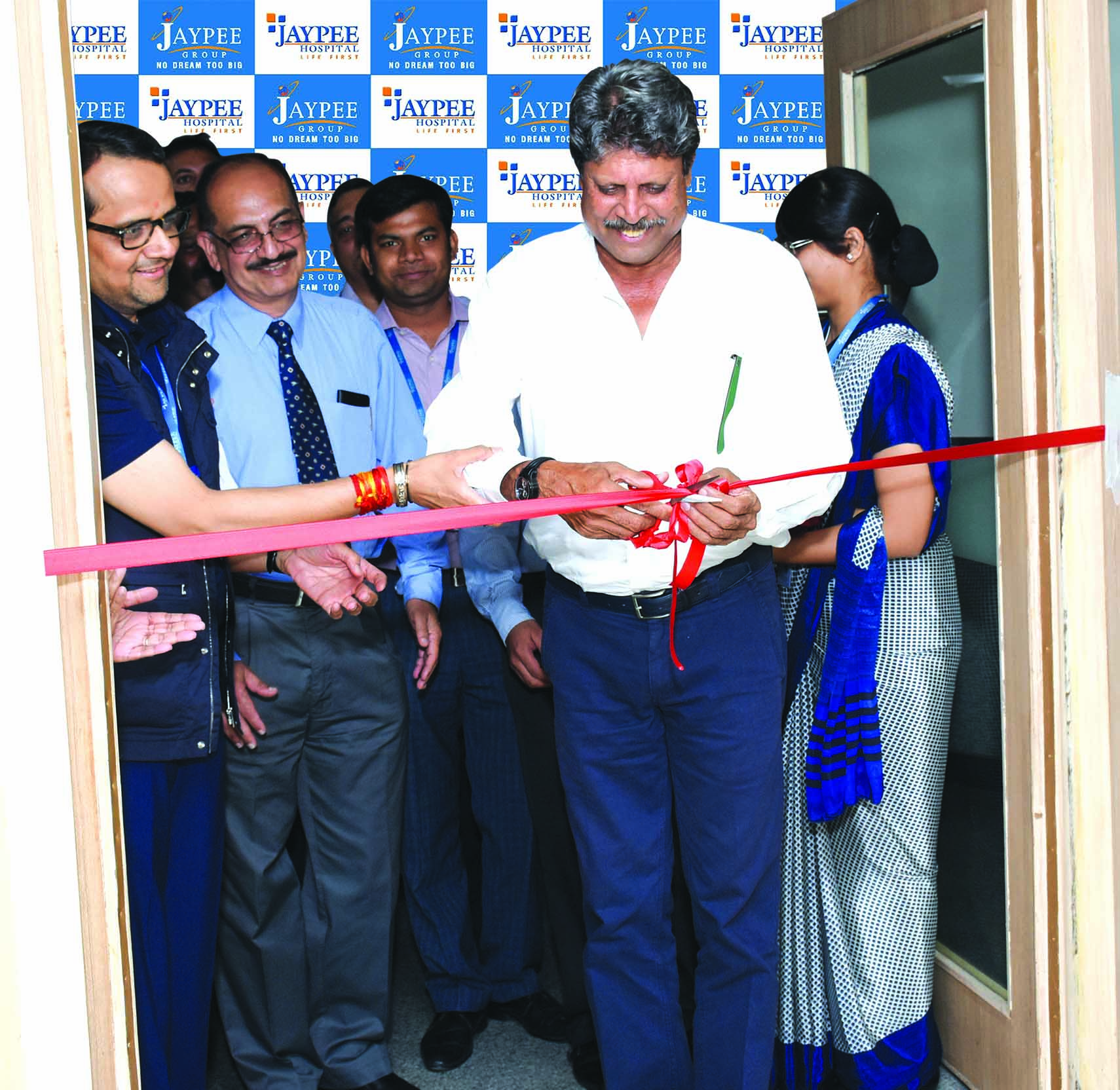 Kapil Dev Inaugration with Dr. Manoj Luthra