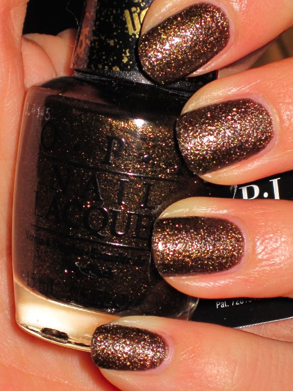 nail colors dark brown