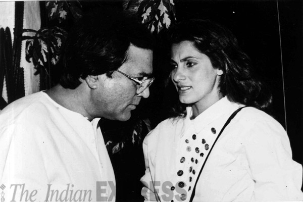 dimple kapadia rajesh khanna bollywood old times celebrities breakup