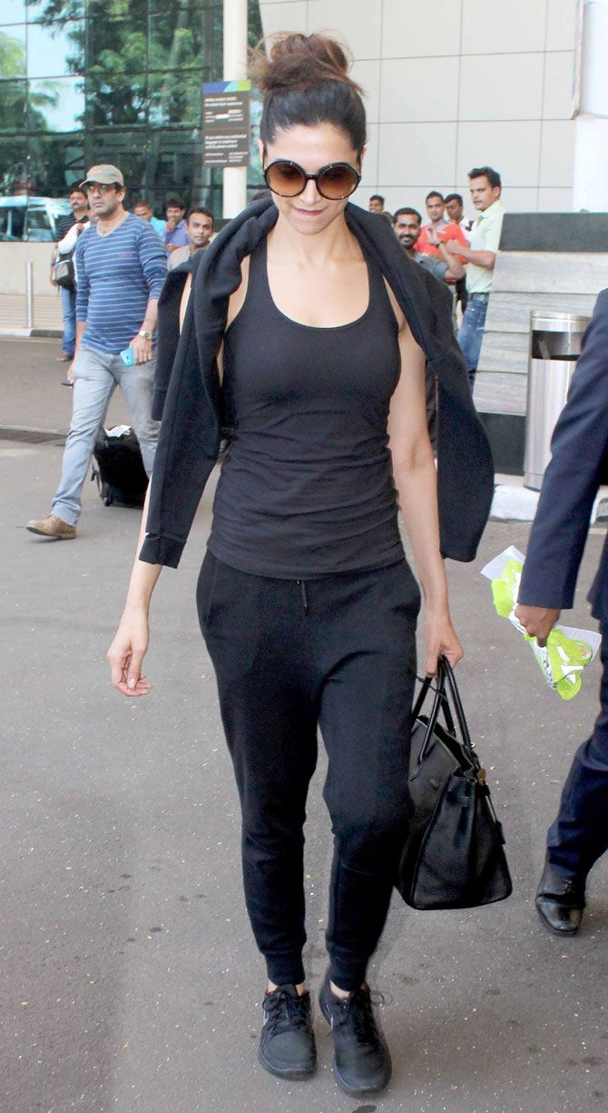 Deepika No Makeup Look at Airport
