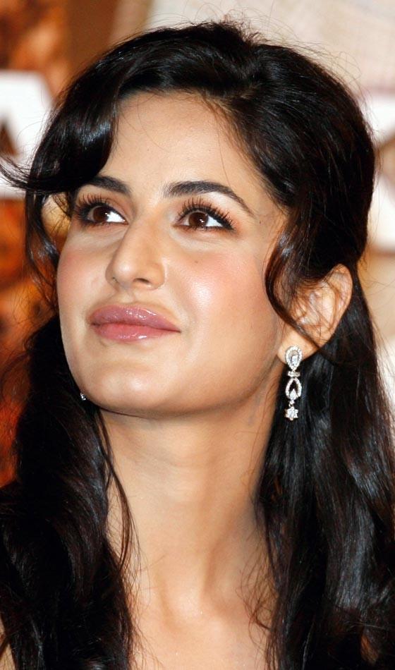 Katrina Kaif Bollywood Actress Hairstyle