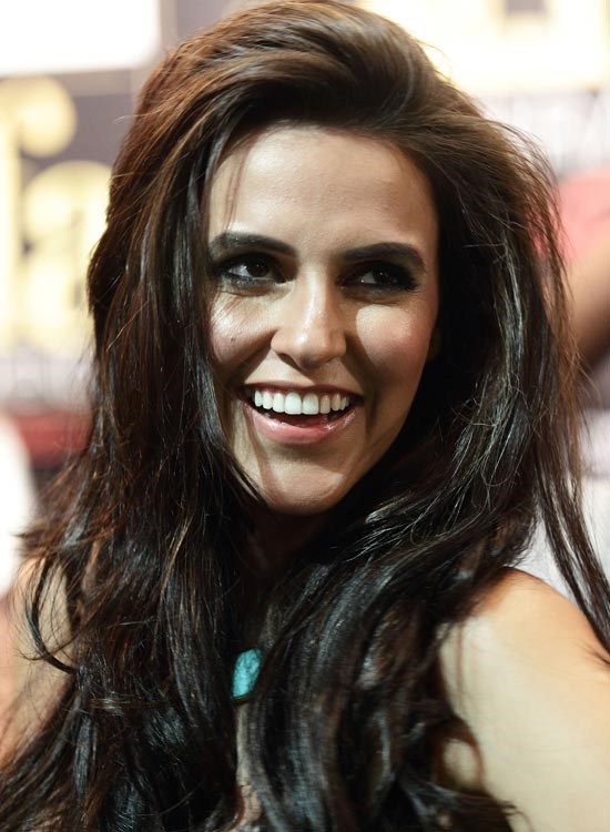 Neha Dhupia Bollywood Actress Hairstyle