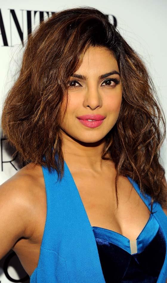 Priyanka Chopra Bollywood Actress Hairstyle