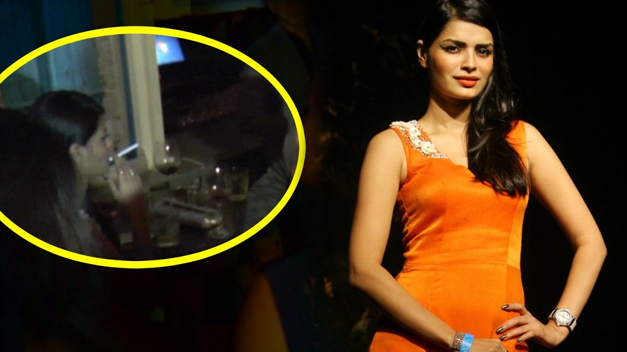 Sonali Raut Smoking Real Life