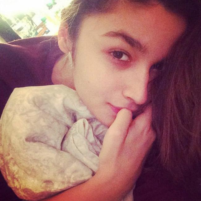 Alia Bhatt No Makeup