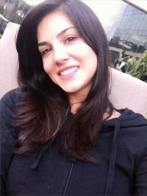 Sunny Leone NO MakeUp Photos
