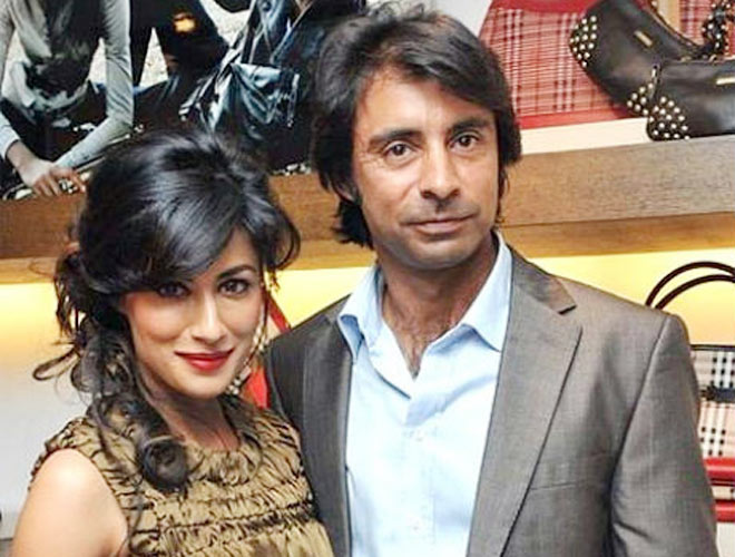 chitrangda and her husband jyoti