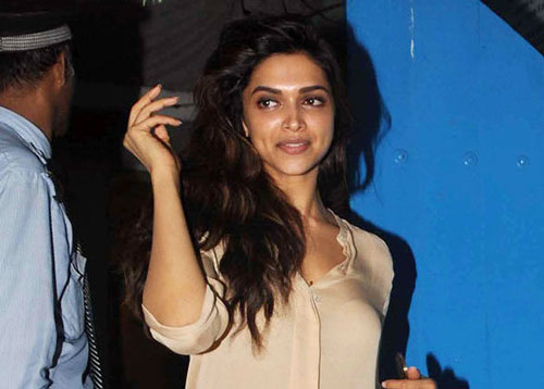 Deepika No Makeup Look at Ex Boyfriend Birthday