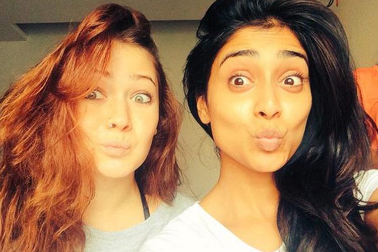 shreya saran no makeup
