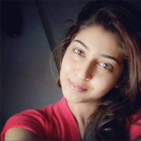sonarika bhadoria no makeup