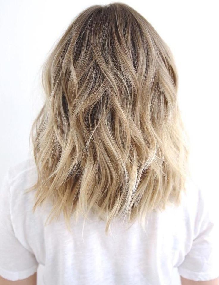 Blonde Blayage Waves hairstyles for girls with medium hair
