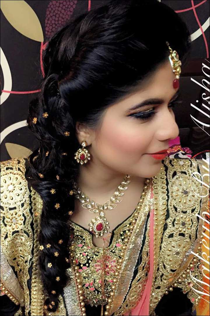 30 Hairstyles For Indian Wedding (and Bridal) In 2020 - Find Health Tips