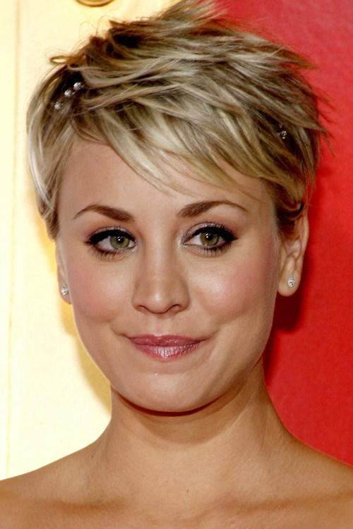 Feathery Pixie Hairstyles For Women