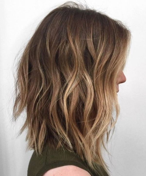 Light Bob hairstyles for girls with medium hair