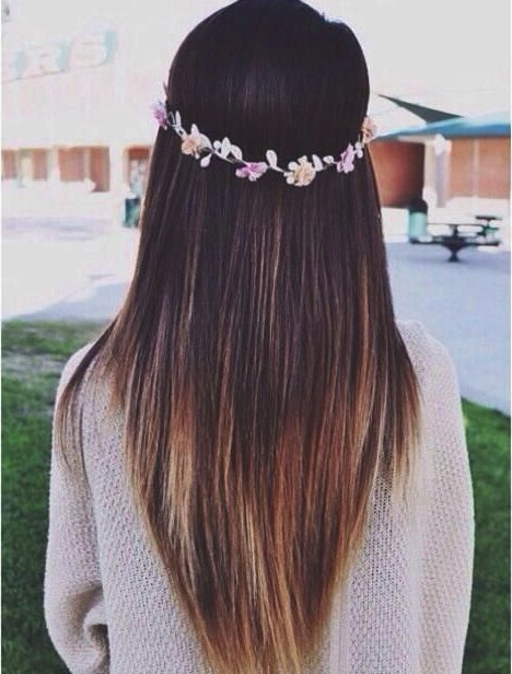 V Shaped Straight Hairstyle for Women