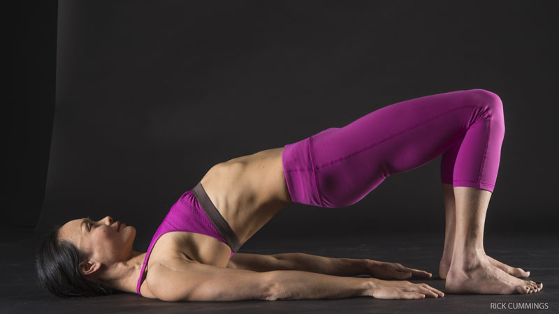2. Strengthening core with bridge pose, variation - Setu Bandha Sarvangasana, variation