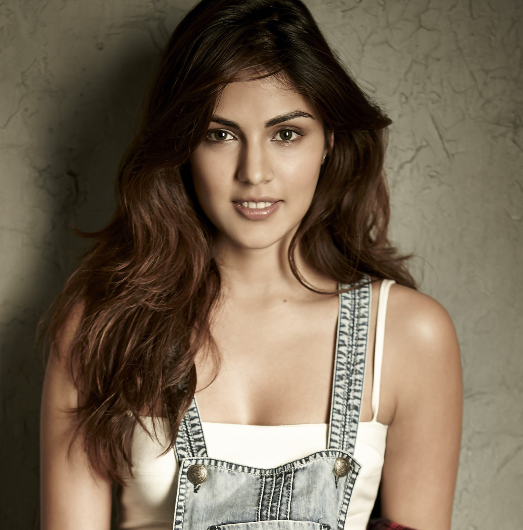 rhea chakraborty most beautiful Indian girl