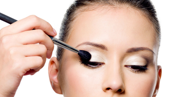 Step 3 Start With The Primer Best Eye Makeup