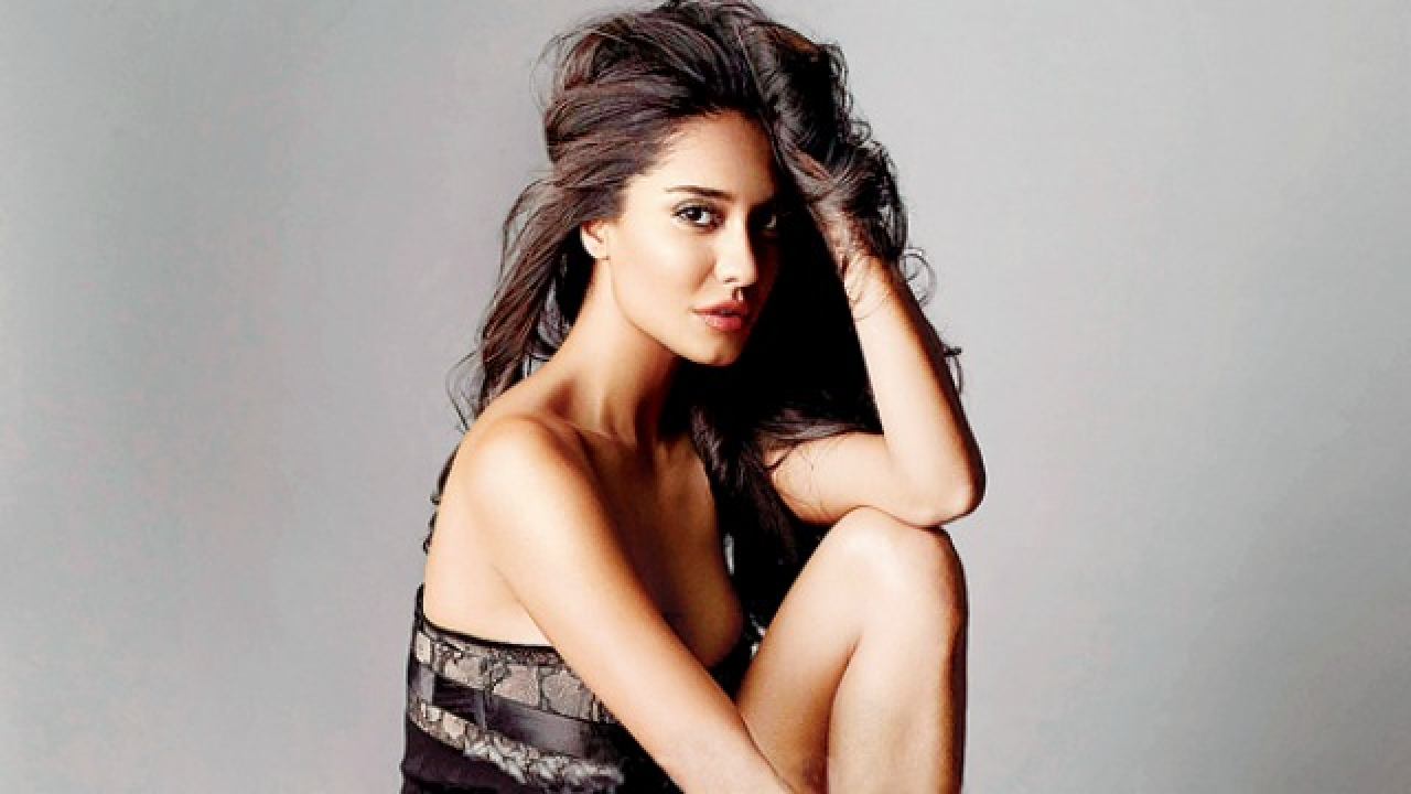 lisa haydon world most beautiful girl