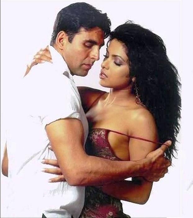 Priyanka Chopra and Akshay Kumar Extra Marrital Affair