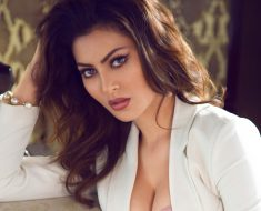 urvashi rautela world most beautiful girl