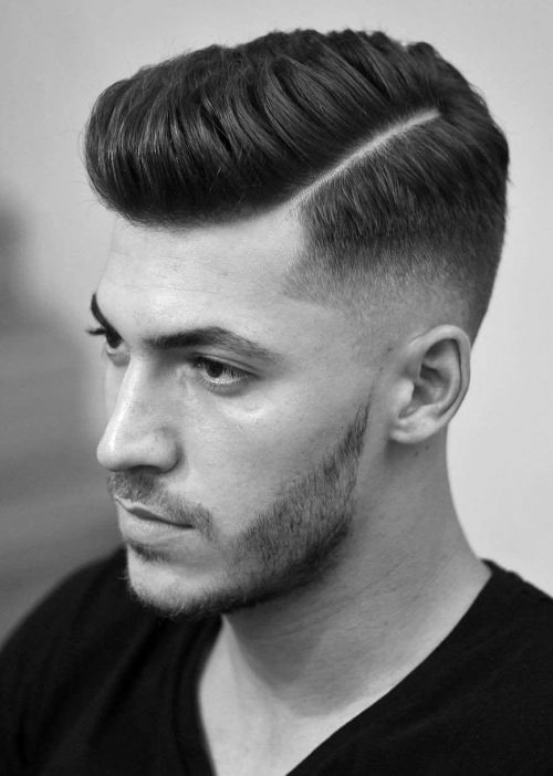 Disconnected Under Cut Short Hairstyle for Men