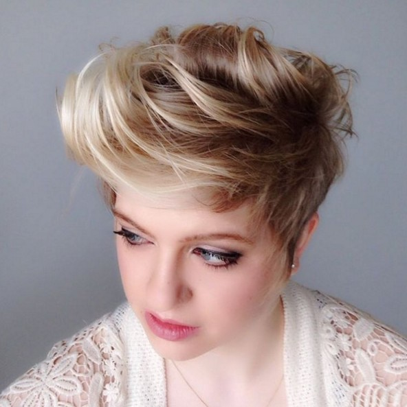 Short Fauxhawk Hairstyle round face women 2018