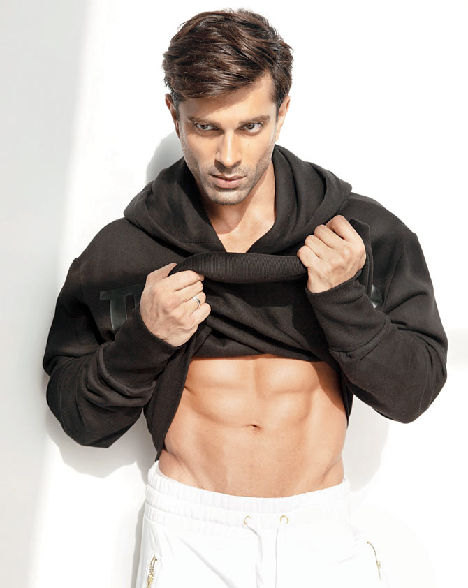 Karan Singh Grover Most Handsome Actors Bollywood