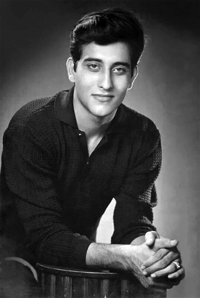 Vinod Khanna Most Handsome Actors Bollywood