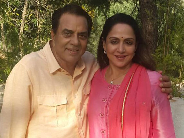 Dharmendra Hema Malini with Long Happy Marriage