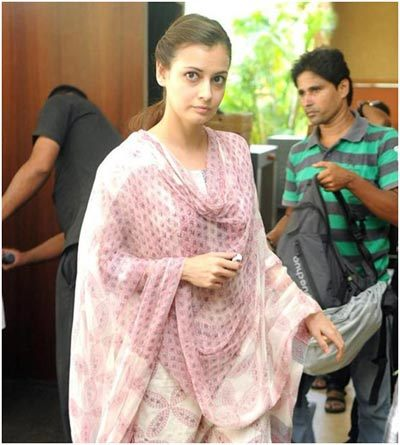 Diya Mirza Miss India without makeup photos