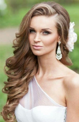 The Gorgeous Side Part - Ladies Hairstyle 2019