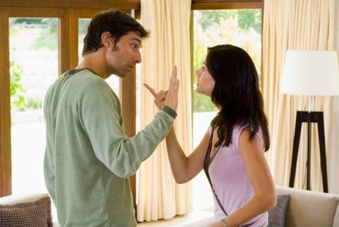 Warning Signs That Your Husband Is Having An Extra-Marital Affair 2
