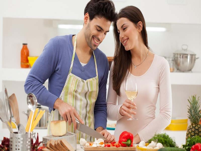 Things You Can Do For Your Hubby This Karwa Chauth 3