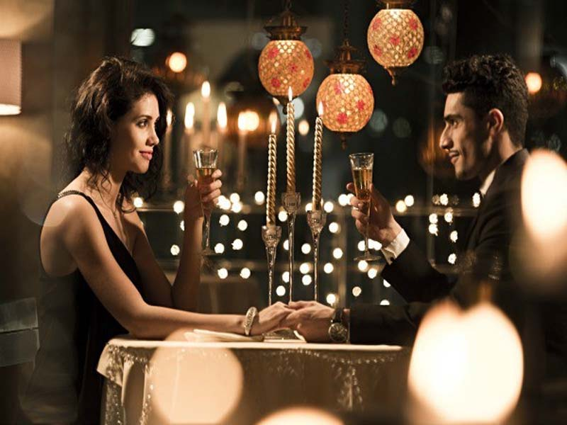Things You Can Do For Your Hubby This Karwa Chauth 2