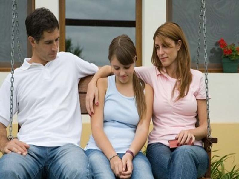 3 Golden Tricks To Convince Your Parents For Love Marriage 1