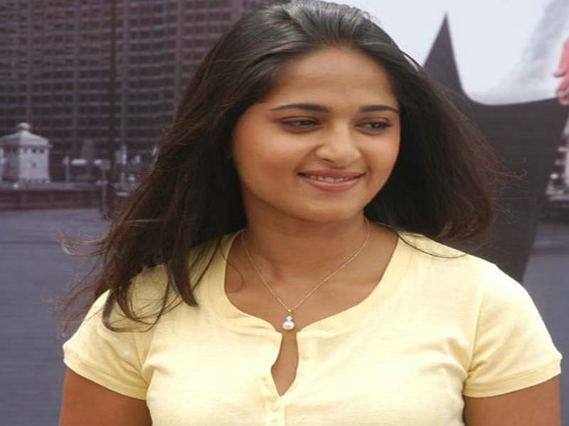 Anushka Shetty- Telugu Actresses without makeup