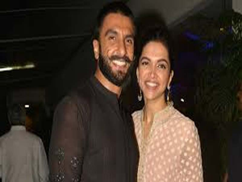 Learn To Keep Your Partner Happy From Deepika And Ranveer's Relationship 3
