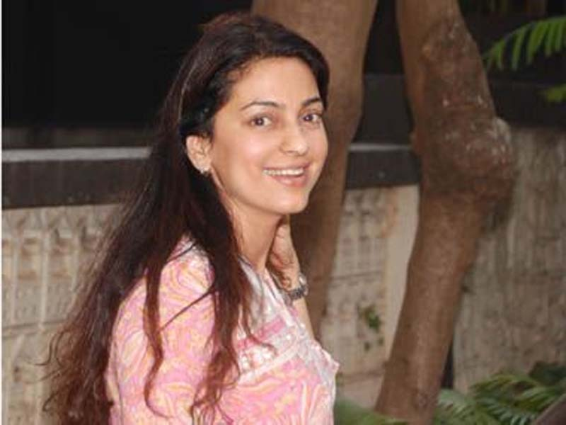Juhi Chawla without makeup photos