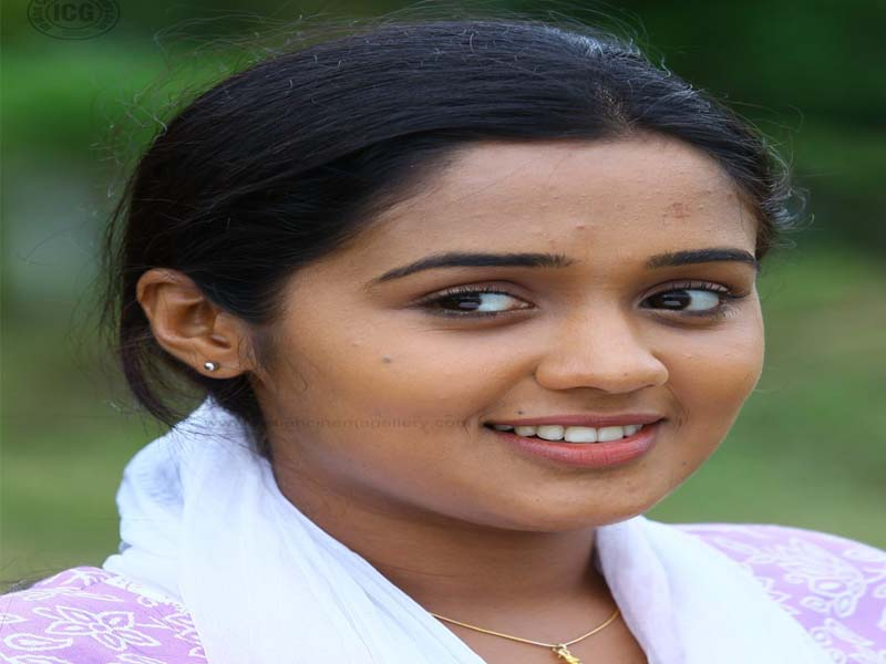 Ananya - Malayalam actresses without makeup