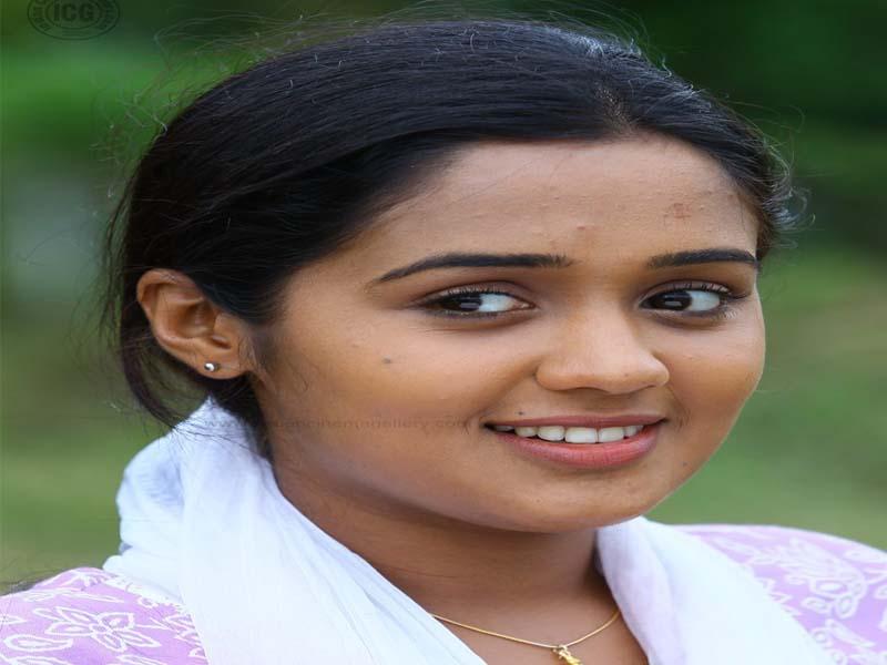Ananya - Malayalam actresses without makeup