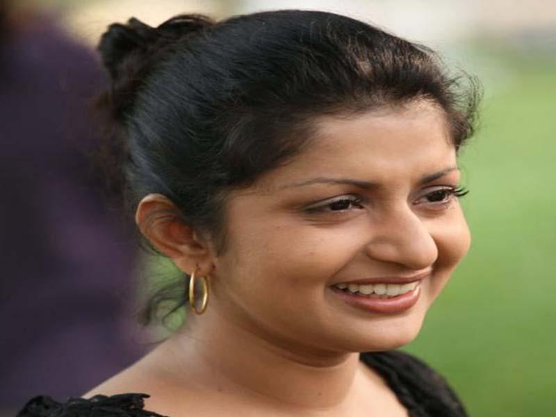 Meera Jasmin - Malayalam actresses without makeup