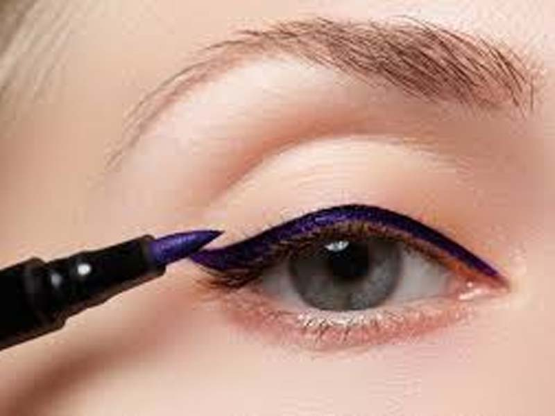 Steps To Follow For A Perfect Bridal Eye Makeup 8