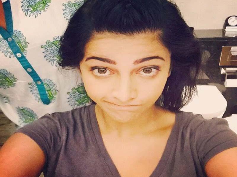 Shruti Hasan- Telugu Actresses without makeup