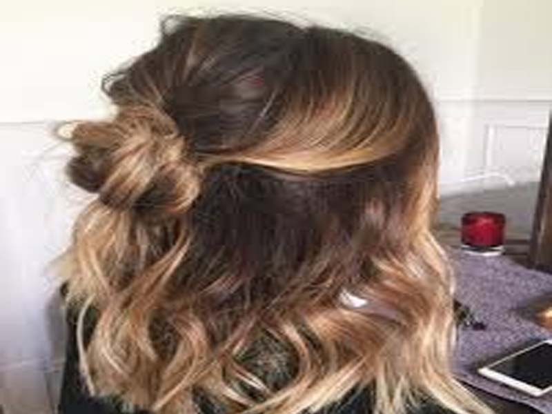 List of Simple Indian Hairstyles for Medium Hairs 2