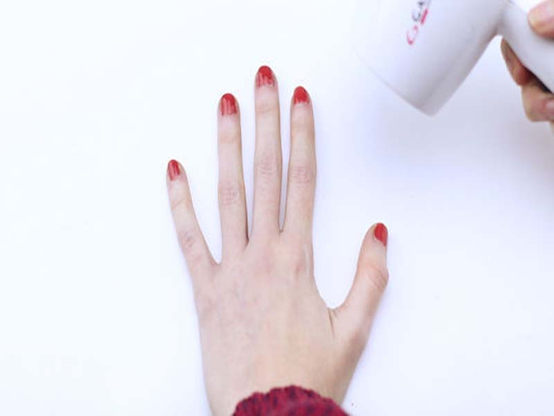 Tutorial - How to Dry Your Nail Polish Faster [With Pictures] 5
