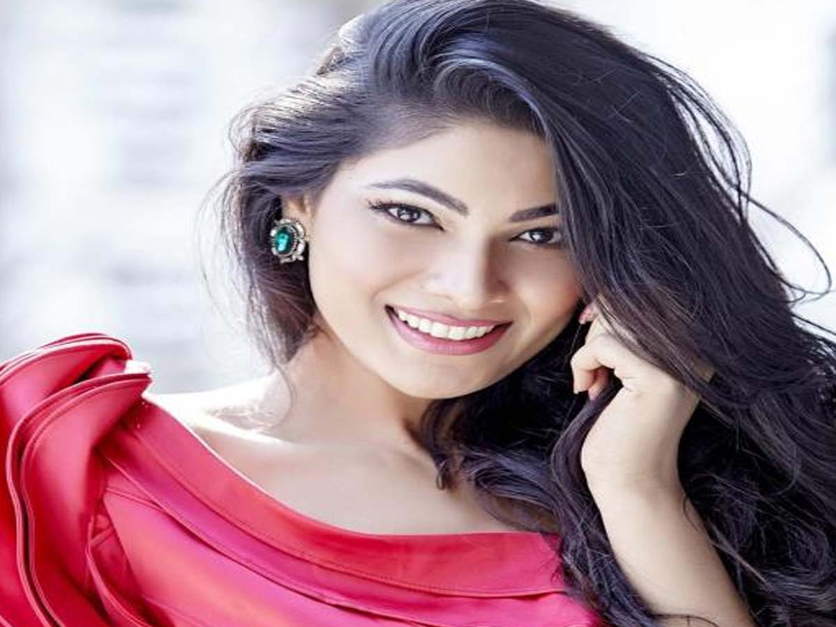List of 20 Most Beautiful Indian Girls 2019 13