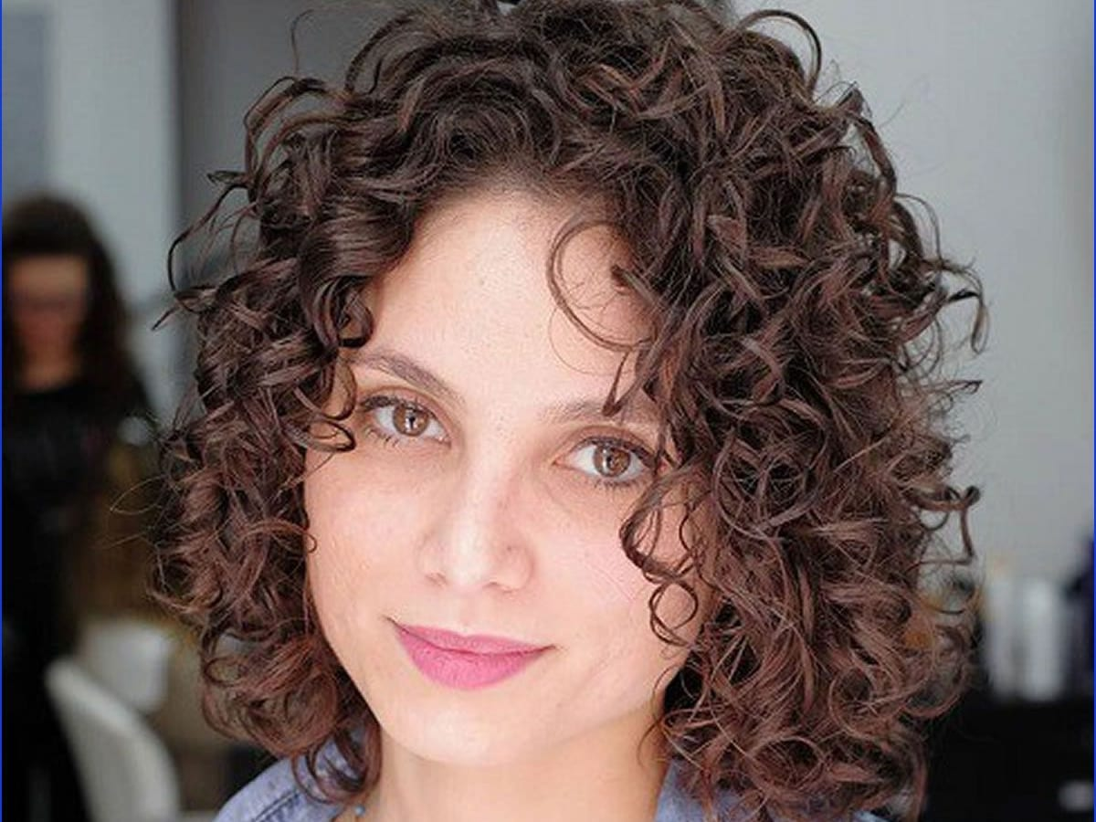 Hairstyles 2019: List Of Trendy Curly Bob Hairstyles In 2019